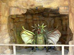#magiaswiat #inwałd #podróż #zwiedzanie #europa  #blog #figury #park #rozrywki #miniatury #dinolandia #dinozaury #warownia #dinozaury #ryby #budowle #smoki Park, Blog, Painting, Europe, Painting Art, Parks, Blogging, Paintings, Painted Canvas