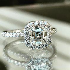 Asscher cut diamond with halo ❤