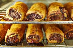 Sydney's Bourke Street Bakery has taken out the award for the Best Sausage Roll recipe in Australia in the 2019 Motif Uniquely Australian Awards. Now you can try and make the best ever sausage roll recipe for yourself at home, with the bakery's recipe! Australian Sausage Rolls Recipe, Best Sausage Roll Recipe, Sausage Rolls Puff Pastry, Charcuterie, Pork Recipes, Cooking Recipes, Best Fish And Chips, Bakery Recipes, Pork