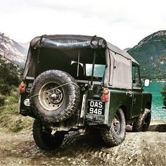 @pengwineering taking his 1962 Series on a 5000+ mile trek around Europe. . . #landrover #landroverseries #series #series1 #series2 #series2a #series3 #lightweight #defender #trek #europe #transeurope #expedition #explore #adventure #overland #spin #journey #camping #camp #oasis