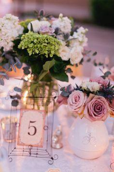 Flowers by Fiore Designs / fioredesigns.com, Photography by Erin Hearts Court / erinheartscourt.com, Event Coordination   Design by Savoir Flair Weddings / savoirflairweddings.com/