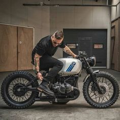 Your complete guide to BMW cafe racer motorcycles, from classic bikes like the to modern-day specials. Moto Cafe, Cafe Bike, Cafe Racer Bikes, Cafe Racer Parts, Cafe Racer Seat, Bmw Motorcycles, Custom Motorcycles, Vintage Motorcycles, Bmw R100