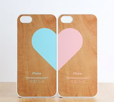 iPhone 5 / 4 / 4s Case - Love pairs for couples : Wood pattern (set of 2 cases per order)