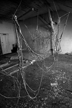 Eva Hesse, Untitled, (1970) latex, rope and string