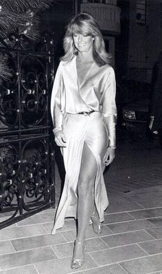 Farrah Fawcett von unserer Website Charlie's Angels – - New Site Santa Monica, Farrah Fawcett, 70s Glam, Kate Jackson, Sophie Marceau, Romy Schneider, Studio 54, Glamour, Female Actresses