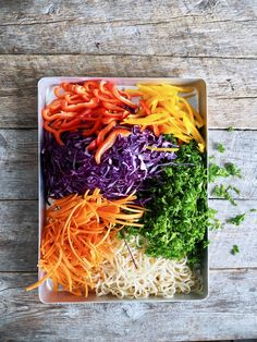 Thai nudelsalat Coconut Flakes, Crockpot, Cabbage, Salads, Spices, Food And Drink, Tex Mex, Vegetables, Recipes