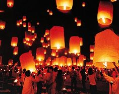 Luxury Travel has just launched 10 day Essentials Highlights of Thailand for luxury travelers to experience the wonders of Thailand: Bangkok, Chiang Mai, Phuket Thailand New Year, Chinese Moon Festival, Lunar Festival, Cheap Travel Packages, Floating Lanterns, Paper Lanterns, Full Moon Party, Japanese Wife, Festivals Around The World