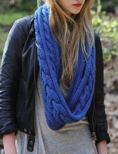 Cable Knit Eternity Scarf - pattern