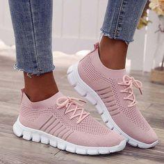 Moda Sneakers, Sneakers Mode, Girls Sneakers, Slip On Sneakers, Casual Sneakers, Slip On Shoes, Sneakers Fashion, Pink Sneakers, Nike Fashion