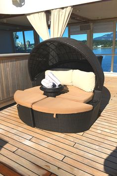 The perfect spot poolside with 👙 Discount Cruises, Luxury Cruises, Cruise Specials, Outdoor Furniture, Outdoor Decor, Relax, Tours, Travel, Viajes