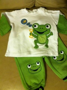 Gymboree Hoppy Frog Green Sweat Pants With Long Sleeve Shirt Boys Size 3-6mos