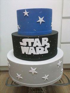 Que Tal dar uma festa infantil criativa e emocionante para seu filho? Com o tema Star wars você terá uma imensidão de ideias para decorações. Confira Aqui!