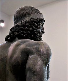 Ancient #Greek warrior designated, Riace Bronze A (Bronzi di Riace) Photo: V. Lazzeri