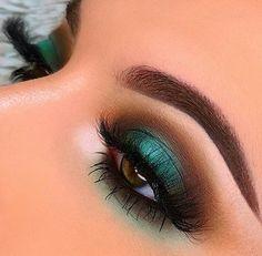 Bright Eye Makeup, Dark Eye Makeup, Dramatic Eye Makeup, Formal Makeup, Hooded Eye Makeup, Colorful Eye Makeup, Eye Makeup Art, Makeup For Green Eyes, Natural Eye Makeup