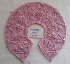 Kids Patterns, Baby Knitting Patterns, Burlap Wreath, Crochet Hats, Knit Sweaters, Baby Knits, Tutorial Crochet, Tricot, Knitted Baby