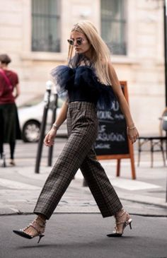 Last pic's #look in motion! #top by #danyreinke , #pants by #marcjacobs , #sunnies by #fendi and #studded #heels by #valentino ! Hope you dig the #outfit as much as I do! #pfw #paris