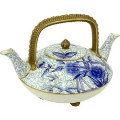 Antique Royal Worcester Chinoiserie Style Double Spouted Teapot