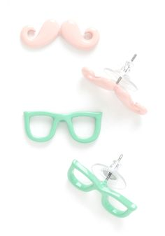 Smarty Glance Earrings | Mod Retro Vintage Earrings | ModCloth.com