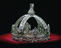 The crown of Queen Victoria, who ruled the United Kingdom from 1837 to 1901, is filled with diamonds.