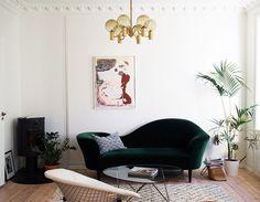 my scandinavian home: The relaxed Norwegian home of Maja Hattvang Apartment Design, Apartment Living, Arduino, Home Music, Eileen Gray, Scandinavian Home, Style Vintage, Home Interior Design, Interior Ideas