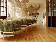 Corn Craft by Gallery FUMI and Studio Toogood. Art installation capturing the rural spirit of England #British #Design