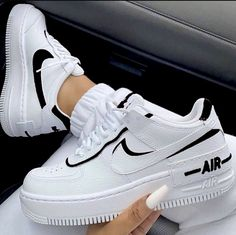 Uploaded by ℱℛᎯℕℂℰЅℂᎯ. Find images and videos about white, shoes and nike on We Heart It - the app to get lost in what you love. sneakers nike air force Image about white in Shoes by Queen.G on We Heart It Moda Sneakers, Cute Sneakers, Sneakers Mode, Casual Sneakers, Black Sneakers Outfit, Winter Sneakers, Air Max Sneakers, Casual Shoes, White Shoes Outfit