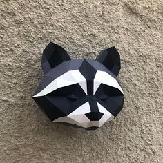 Papercraft horse pepakura animal low poly sculpture horse lover gift DIY wall decor home office pattern template paper gift paperfreak Gifts For Horse Lovers, Cat Lovers, Origami, V For Vendetta Poster, Paper Toys, Paper Crafts, Oriental Cat, Cardboard Sculpture, Paper Mask