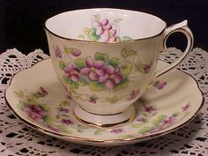 Royal Albert SWEET VIOLET Purple on Cream 1940s