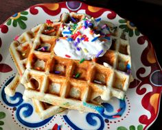 muscleegg, waffles, protein waffle, paleo waffle, low carb, recipe, funfetti — What Runs Lori