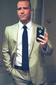 Untitled Formal Men Outfit, Casual Outfits, Men Casual, Fashion Outfits, Suit Up, Suit And Tie, Mens Attire, Mens Suits, Custom Made Suits