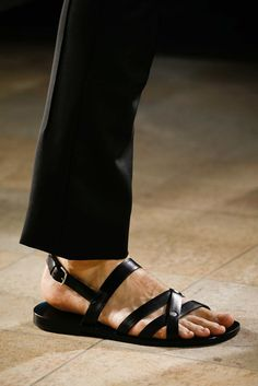 (s)vestiti in spiaggia - Style - Il Magazine Moda Uomo del Corriere della Sera