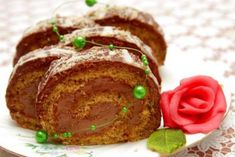 Desať receptov na sladké rolády: makové, orechové, čokoládové alebo aj bez múky - Žena SME Meatloaf, Nutella, Food And Drink, Rolls, Sweets, Beef, Cake, Basket, Mascarpone