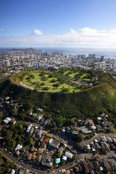 punchbowl cemetery | Punchbowl, National Memorial Cemetery of the Pacific, Honolulu, Oahu ... *