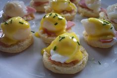 Miniature Eggs Benedict (made with quail eggs). Will have to find an occasion… Quail Recipes, Egg Recipes, Cooking Recipes, Quail Eggs, Christmas Brunch, High Tea, Finger Foods, Breakfast Recipes, Food And Drink