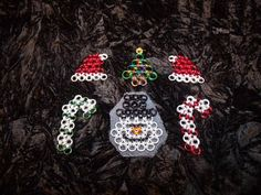 Chainmaille Christmas ornament set #1 is one of many sets that I have put together from all the pieces that I make for the holidays. These sets offer great value for what you get and many options for you decorating needs and they look great! Please check out all sets and pictures and