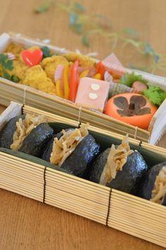 Japanese Rice-Burger Bento Lunch|弁当