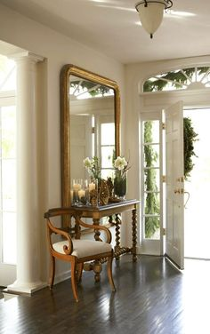 traditional home decor Traditional Home mirrors front hall foyer phot. traditional home decor Traditional Home mirrors front hall foyer photo by Colleen Duffle Decoration Hall, Decoration Entree, Entryway Decor, Entryway Mirror, Narrow Entryway, Table Decorations, Foyer Furniture, Front Hall Decor, Spring Decorations