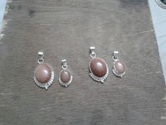 Sunstone pendants for mother and daughter.