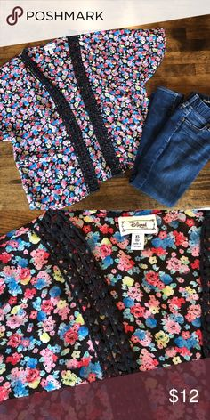 Kids Kimono Super cute floral design. Light weight and in perfect condition. Great for layering Disney Shirts & Tops Blouses
