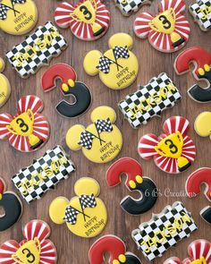 Mickey and the Roadster Racers cookies for a birthday! I've been wanting to do a Mickey set and these were the perfect ones for my… Boys 1st Birthday Party Ideas, Race Car Birthday, Cars Birthday Parties, 1st Boy Birthday, Birthday Celebrations, Mickey Mouse Clubhouse Birthday, Mickey Party, Mickey Mouse Birthday, Minnie Mouse