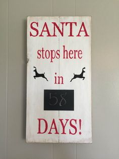 Santa countdown sign, Christmas countdown sign, Santa's coming, Rustic sign, Pallet sign by AntiqueyLace on Etsy