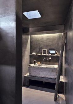 Salle de bain rustique mais élégante - Nouvel essor pour une maison de pierre - CôtéMaison.fr
