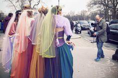 Dulux Valentine s'est invité à la Fashion Week pour un défilé haut en couleurs