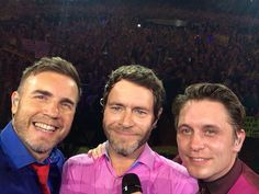 150604 @GaryBarlow: Here we are London!!!  First night selfie at @TheO2  #TakeThatLiveLondon