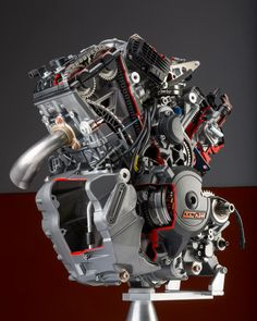 KTM²  LC-8 new engine !!!