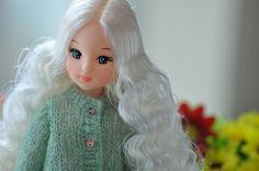izumi white by pineleaf, via Flickr