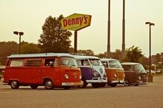 VW Busses at Denny's by Ryan Gravelle, via 500px