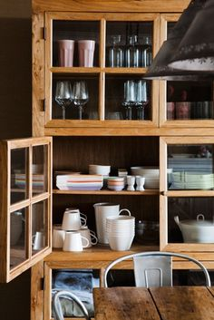Dishes on display, including some lovely pastel shades.
