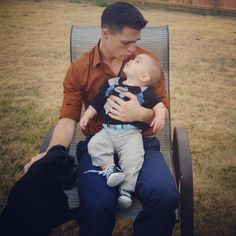 Colton Haynes and his baby nephew. How cuter can this be? Colton Haynes, Jackson, The Flash Grant Gustin, Zachary Quinto, Zachary Levi, Wattpad, Beautiful Disaster, Queen, Dream Guy