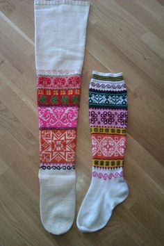 Slipper Boots, The Make, Knitting Socks, Handicraft, Mittens, Needlework, Knit Crochet, Projects To Try, Socks